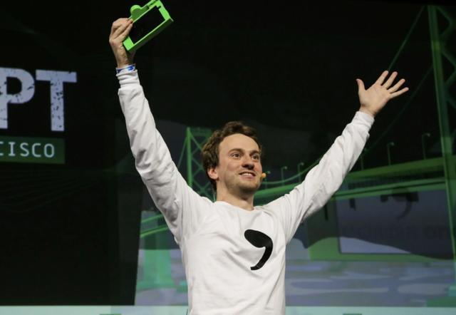 17岁成破解iPhone第一人,曾拒绝马斯克百万年薪,如今挑战特斯拉